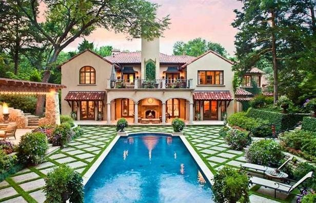 Homes for sale with palatial pools mortgage compliance for Spanish style homes for sale in dallas tx